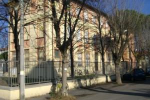 """Scuola primaria """"De Amicis"""" in via Crispi, 101"""