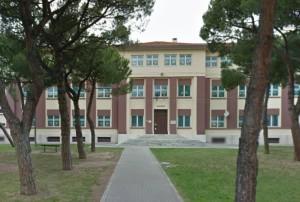 """Scuola primaria """"Toti"""" in via Covignano 13"""